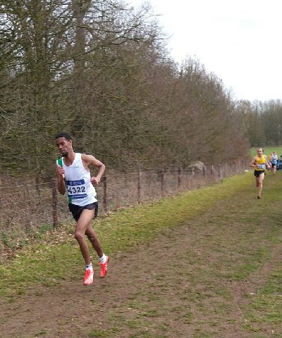 Mo Mahamed in the Senior Men's race